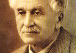 Francotto nacque a Busca il 13 dicembre 1883 e qui morì domenica 4 agosto 1968